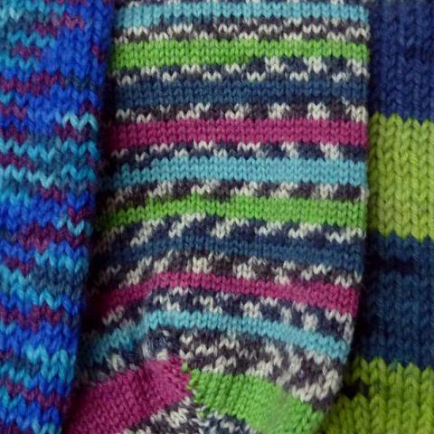 Nemáte trpělivost nebo zkušenosti s pletením ponožek?