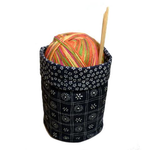 Textilní košík modrý pro ukládání pletení