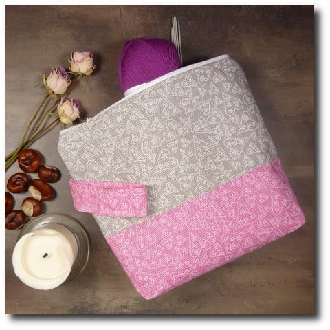 ručně vyrobená taška na pletení Srdíčka