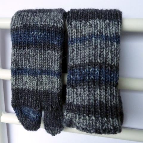 Ručně pletené ponožky s odděleným palcem Tmavá šedá vel. 36-38